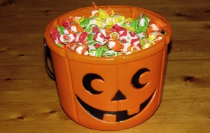 halloween_candy_bucket